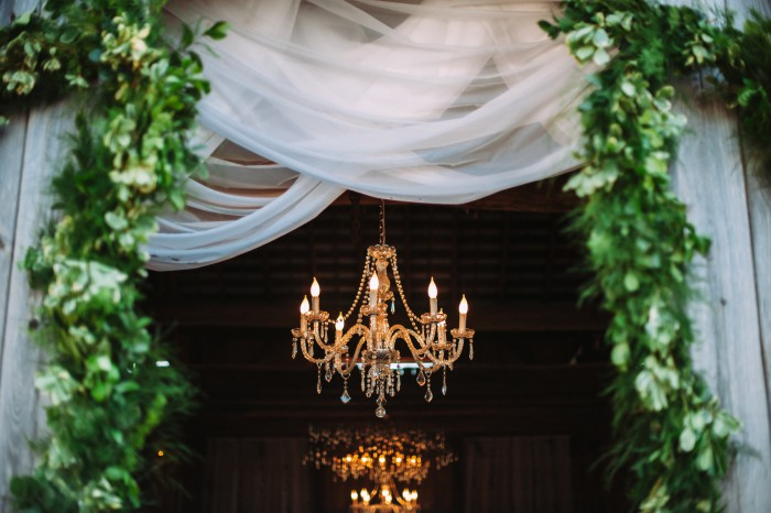 Luxurious Vintage Farm Styled Shoot by JPC Event Group & Veronica Varos Photography Featured on Burgh Brides