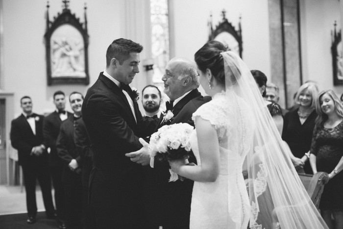 Chic Understated Pittsburgh Wedding at the Carnegie Museum from Rachel Rowland Photography Featured on Burgh Brides