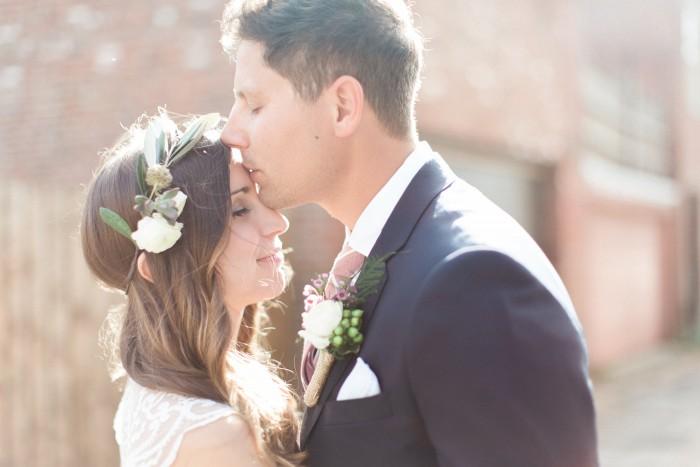 Burgh Brides Vendor Guide Member: Lauren Renee Designs