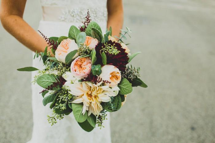 Burgh Brides Vendor Guide Member: The Blue Daisy Floral Designs