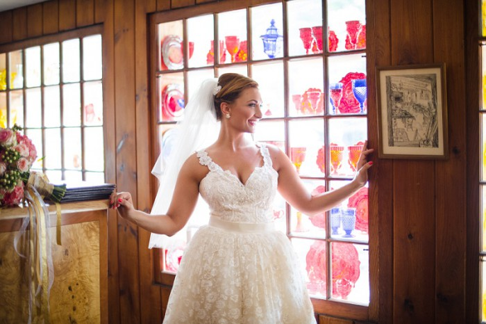 Bright Whimsical Pittsburgh Wedding at Green Gables by Michael Will Photography Featured on Burgh Brides