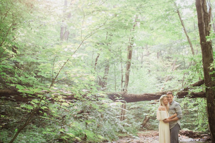 Carefree Woodsy Pittsburgh Engagement Session from Cara Rufenacht Creative Featured on Burgh Brides