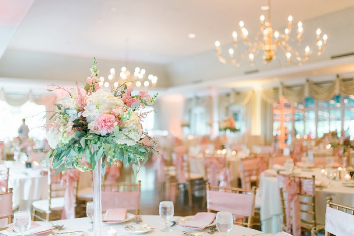 Vintage Romance Pittsburgh Wedding at Longue Vue Club from Eva Lin Photography featured on Burgh Brides