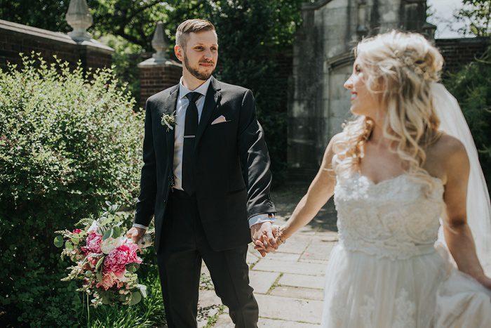 Oakwood Photo & Video - Pittsburgh Wedding Photographer & Burgh Brides Vendor Guide Member