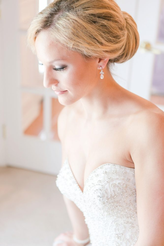 Natural Wedding Day Bridal Makeup: Soft Lavender & Gray Wedding at the Pittsburgh Field Club from Laura Kathleen Photography featured on Burgh Brides