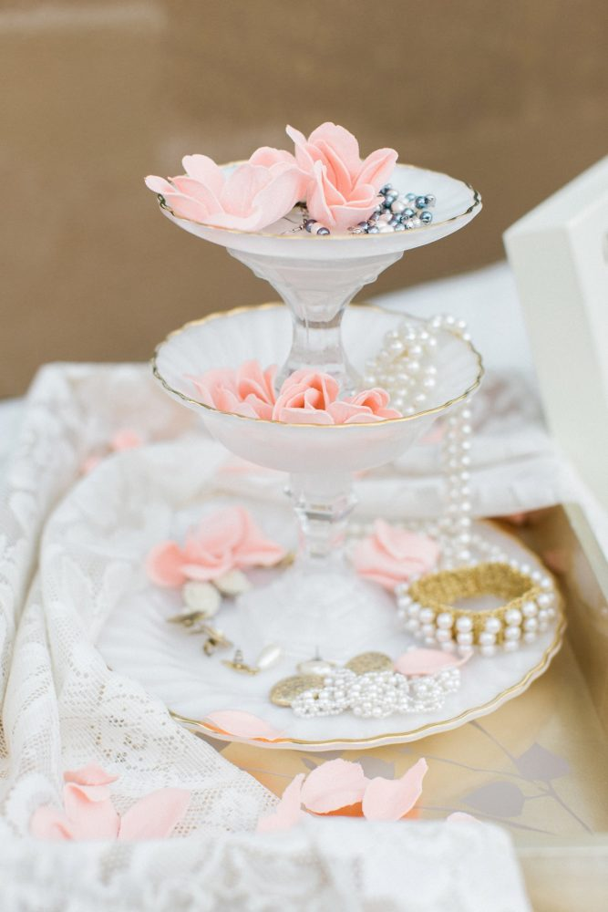 Vintage Inspired Wedding Details: Bright Vintage Inspired Wedding from Lauren Renee Designs featured on Burgh Brides