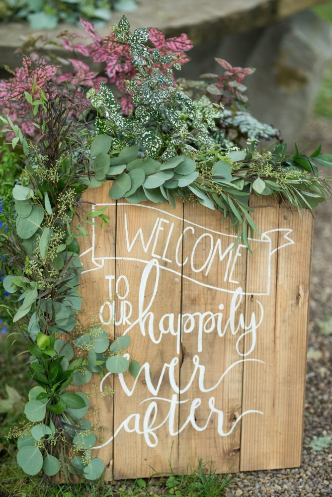 Wooden Wedding Ceremony Sign Ideas: Rustic Glam Wedding at Seven Springs from Simply Kacie Photography featured on Burgh Brides