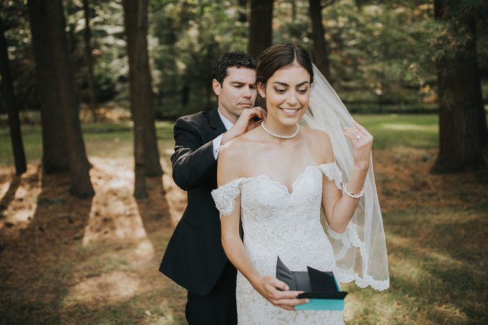 Wedding Day Gifts for Brides: Soft & Romantic Outdoor Wedding from Oakwood Photo + Video featured on Burgh Brides