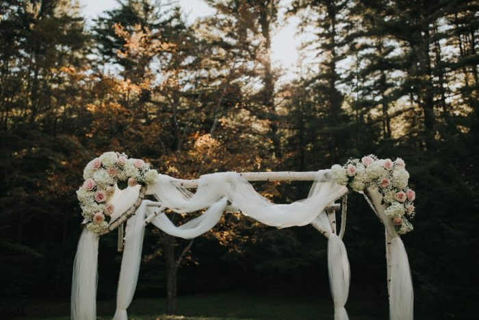 Outdoor Wedding Ceremony Decor: Soft & Romantic Outdoor Wedding from Oakwood Photo + Video featured on Burgh Brides