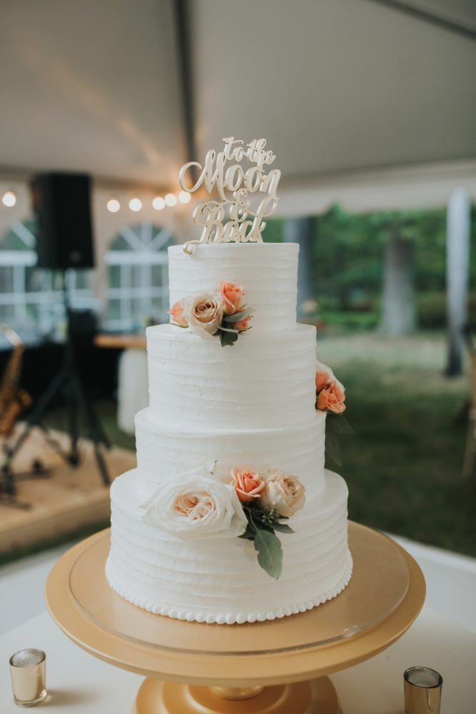 White Buttercream Wedding Cake: Soft & Romantic Outdoor Wedding from Oakwood Photo + Video featured on Burgh Brides