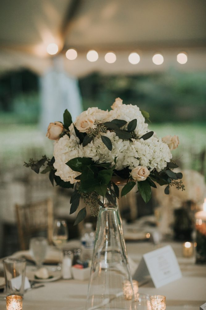 Peach and White Wedding Centerpieces: Soft & Romantic Outdoor Wedding from Oakwood Photo + Video featured on Burgh Brides