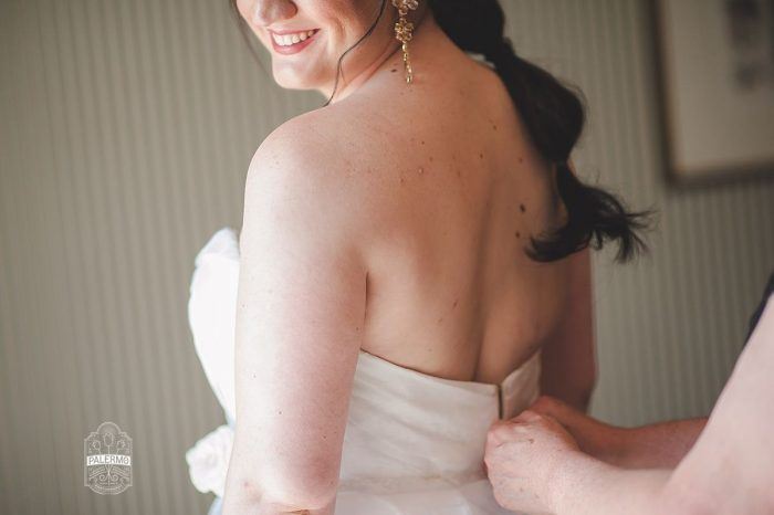 Ponytail Hair Style for Bride on Wedding Day: Modern Garden Inspired Wedding at the Pittsburgh Golf Club from Palermo Photography featured on Burgh Brides