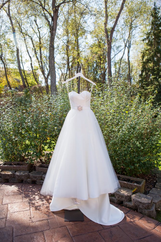 Sweetheart Neck Tulle Wedding Dress: Elegant Black & White Wedding at Noah's Event Venue: Mallory & Mark