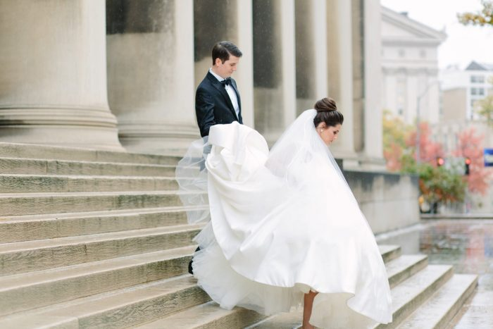 Mellon Institute Wedding Photos: Soft & Chic Wedding at Hotel Monaco from Jeannine Bonadio Photography featured on Burgh Brides