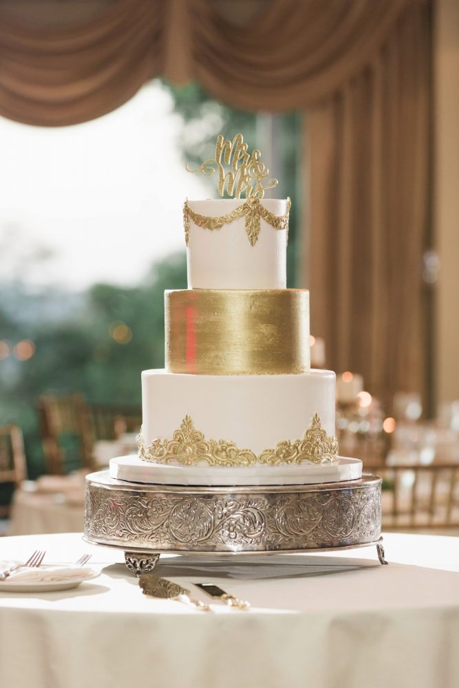 Gold Wedding Cake: Sparkly Gold Wedding at Longue Vue Club from Jeannine Bonadio Photography featured on Burgh Brides
