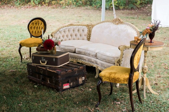 Vintage Wedding Lounge: Thoughtful Vintage Wedding at the Pittsburgh Botanic Gardens from Caitlin's Living Photography featured on Burgh Brides