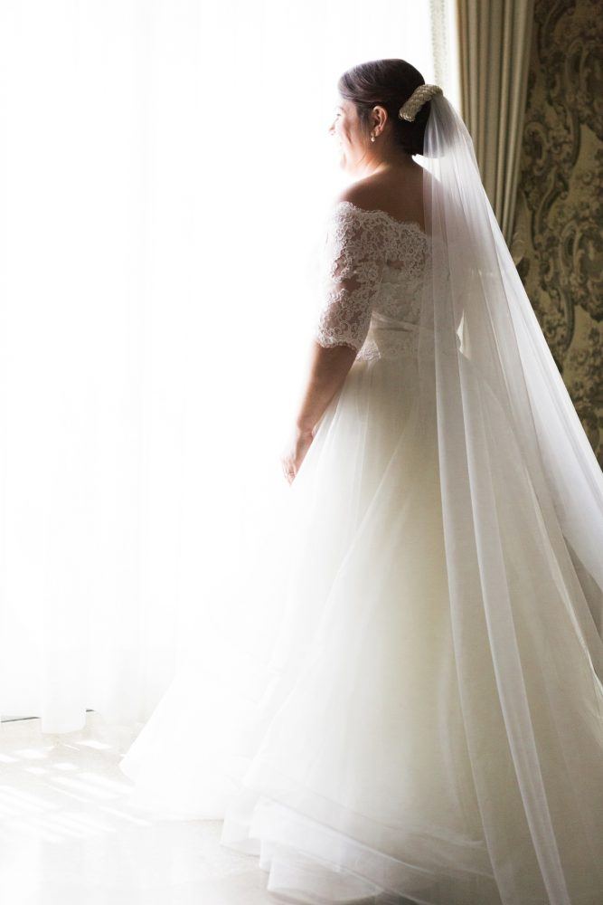 Bridal Veil: Fresh Vintage Inspired Wedding at the Twentieth Century Club from Levana Melamed Photography featured on Burgh Brides