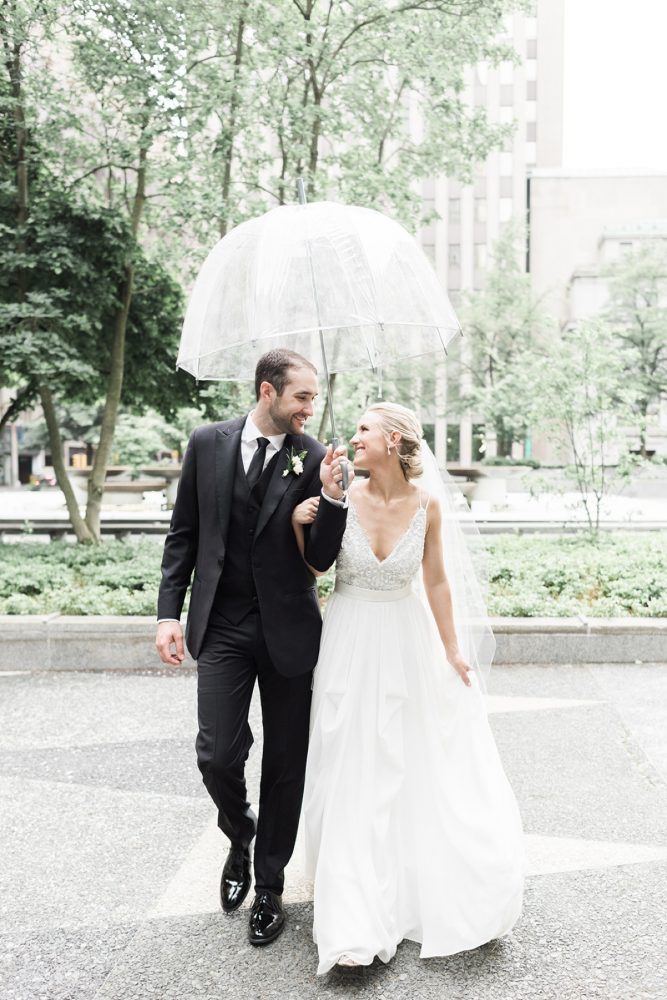 Rainy day wedding photos: Soft & Neutral Wedding at The Pennsylvanian from Levana Melamed Photography featured on Burgh Brides