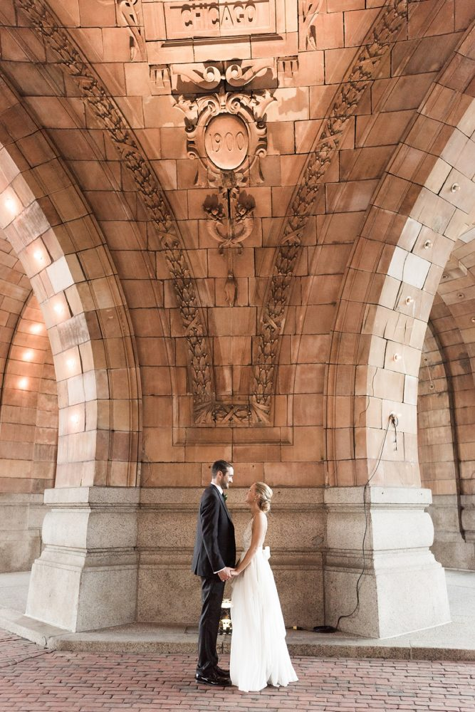 Epic wedding day photos: Soft & Neutral Wedding at The Pennsylvanian from Levana Melamed Photography featured on Burgh Brides