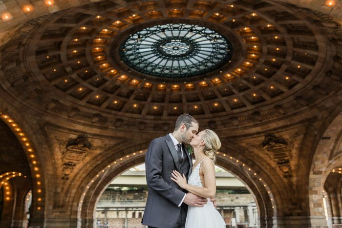 Romantic wedding day photos: Soft & Neutral Wedding at The Pennsylvanian from Levana Melamed Photography featured on Burgh Brides