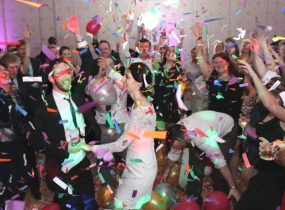 Kelli Burns Entertainment - Pittsburgh Wedding DJ & Burgh Brides Vendor Guide Member