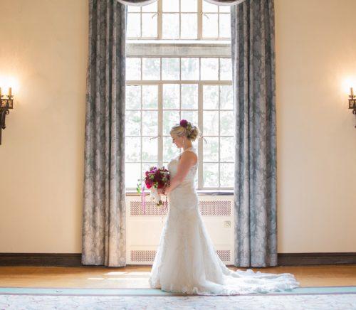 Weddings by Alisa - Pittsburgh Wedding Photographer & Burgh Brides Vendor Guide Member