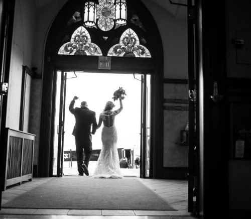 Weddings by Alisa - Pittsburgh Wedding Photographer & Burgh Brides Vendor Guide Member