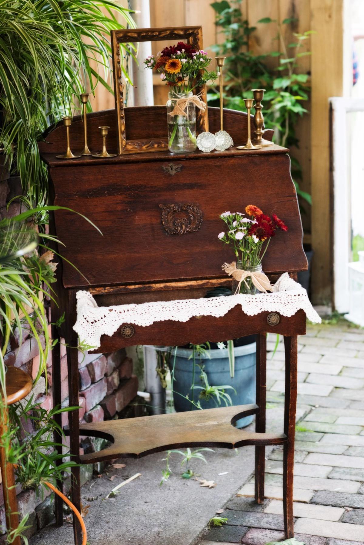 Vintage Alley Rentals Burgh Brides A Pittsburgh