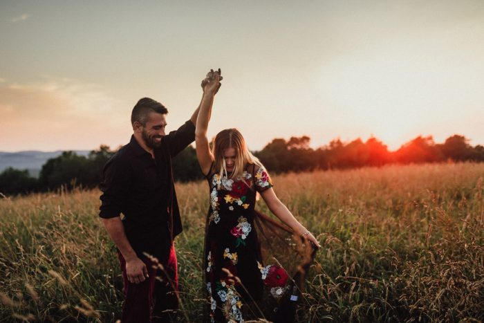 Sunset Engagement Photos that Will Make Your Jaw Drop. For more engagement photo inspiration, check out burghbrides.com!