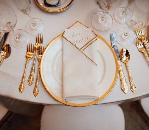 Timeless Black, White, & Gold Wedding at The Pennsylvanian. For more wedding ideas, visit burghbrides.com!