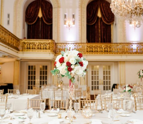 Traditional Navy & Burgundy Omni William Penn Wedding. For more beautiful wedding ideas, visit burghbrides.com!