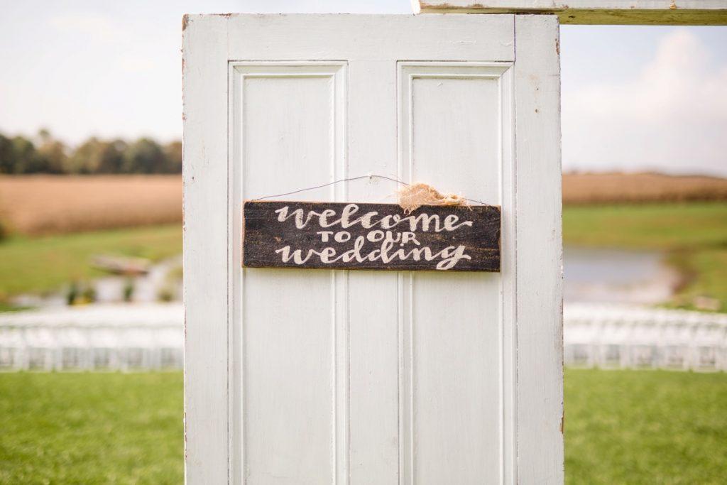 Vintage Fall Wedding at the White Barn. For more vintage wedding ideas, visit burghbrides.com!