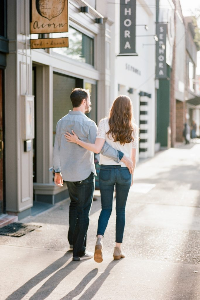 Relaxed Shadyside Engagement Session. For more Pittsburgh engagement photo ideas, visit burghbrides.com!