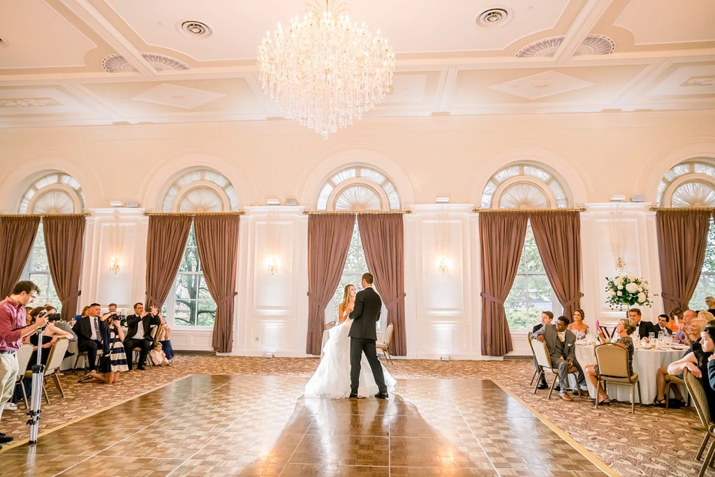 Graceful University Club Wedding with Timeless Details. For more classic wedding ideas, visit burghbrides.com!