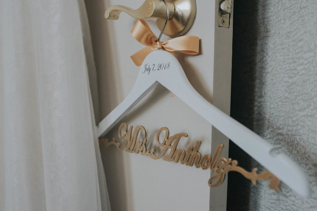 Traditional Renaissance Hotel Wedding with a Touch of Glam. For more ballroom wedding ideas, visit burghbrides.com!