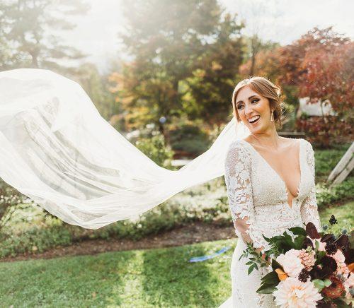 Romantic Vintage Wedding at Pittsburgh Botanic Garden. For more pretty wedding ideas, visit burghbrides.com!
