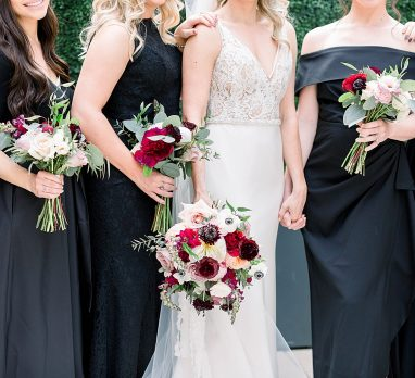 Dreamy Black Tie Inspired Carnegie Museum Wedding. For more luxury wedding inspiration, visit burghbrides.com!
