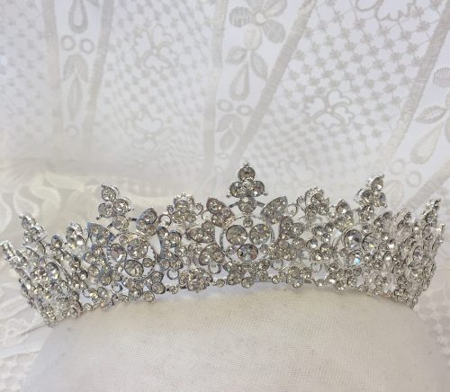 Clarissa Boutique - Pittsburgh Bridal Accessories Boutique & Burgh Brides Vendor Guide Member