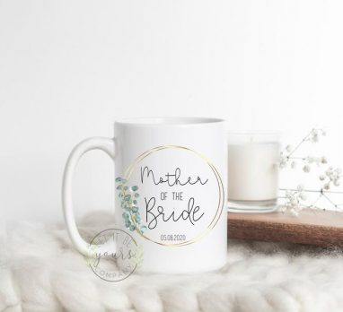 Thoughtful Mother of the Bride Gift Ideas. For more wedding ideas, visit burghbrides.com!