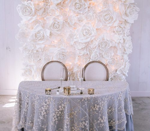 Modern Neutrals Wedding at The Grayson House. For more gray wedding ideas, visit burghbrides.com!