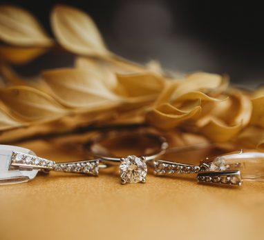 """5 Unique Ideas for """"Something Old"""". For more bridal traditions, visit burghbrides.com!"""
